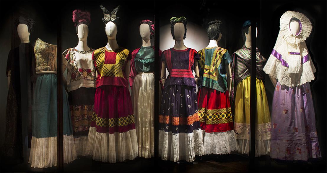 frida kalho tehuana dresses, casa azul, mexico, frida kalho's wardrobe